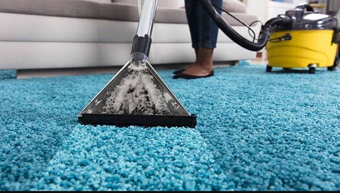 Cleaning Tips: Hiring an Upholstery Cleaner